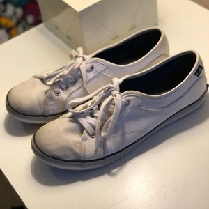 Gently used White Lace Ked sneakers